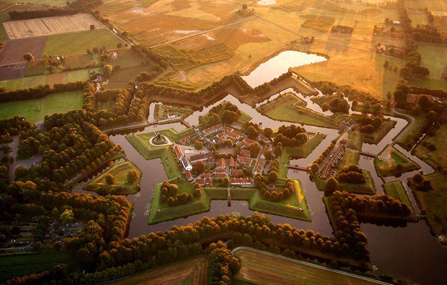 Le fort en étoile de Bourtange (Pays-Bas) Photo : Amos Chapple